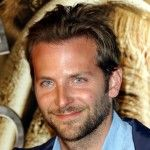 Is Bradley Cooper hot in this picture? - question and answer in the Bradley Cooper club First Ladies, Beautiful Boys, Gorgeous Men, Beautiful People, Pretty Men, Pretty People, Renee Zellweger, Stars D'hollywood, Celebrity Gallery