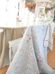 Vintage shabby chic roses bed spread couch by Vintagewhitecottage, $38.00