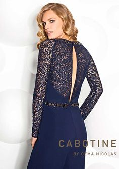 Discover our dress COLLECTION 6850 in Cabotine. We have the latest trends and the best designs in all kinds of dresses. Elegant Outfit, Dress Collection, Latest Trends, Cool Designs, Jumpsuit, Dresses With Sleeves, Costumes, Long Sleeve, Outfits
