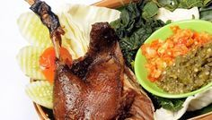 Resep cara membuat masakan BEBEK GORENG EMPUK enak sedap Bumbu khas Madura