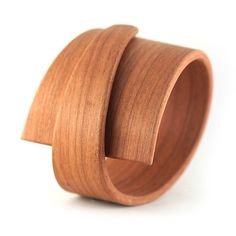 If It's Hip, It's Here (Archives): Limited Edition Bent Wood Bracelets & Cuffs By Gustav Reyes Wooden Jewelry, Jewelry Art, Jewelry Design, Jewelry Crafts, Bent Wood, Bending Wood, Wood Bracelet, Cheap Designer Handbags, Braided Bracelets