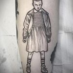 Eleven by Suflanda Susanne Konig, Stranger Things Tattoo, Digital Illustration, Tattoo Illustration, Funny Fails, Comic Strips, Blackwork, Geek Tattoos, Street Art