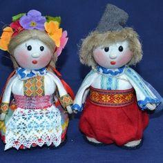 """№1 журнала """"Озорники"""" (архив)  От чего в прежние времена кукла дом берегла? Как сделать куклу - мотанку, травницу, зерновушку. Мастер класс. Во что дети играли раньше. Считалки и заклички.  Мультфильмы, аудио - сказки про тряпичных кукол - нерях."""