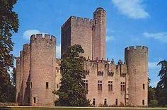 Le château de Roquetaillade. (Gironde)