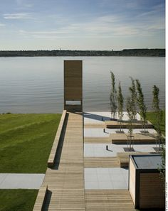 Decking and paving, Consortium Daoust Lestage + Williams Asselin Ackaoui