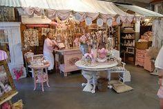 Cute Craft fair booths | Found on isabellang.blogspot.com