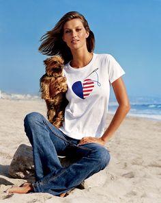 Gisele Bündchen  O dia da Independência dos Estados Unidos continua agitando o Sul da Flórida. O forte calor tem ajudado as pessoas a encherem as praias, os parques e os bares para cur…