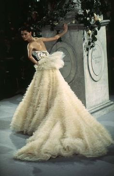 Christian Dior: Haute Couture Spring 1997