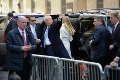 Trump votó en Manhattan y dice que todo está saliendo muy bien (fotos) - http://www.notiexpresscolor.com/2016/11/08/trump-voto-en-manhattan-y-dice-que-todo-esta-saliendo-muy-bien-fotos/