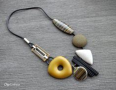 Cernit: №058 (bronze), №700 (yellow), №100 (black), №983 (granite) №010 (white)