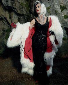 Victoria Smurfit Photo Signed In Person - Cruella De Vil in Once Upon A Once Upon A Time, Victoria, Originals, Lab, Dresses, Fashion, Vestidos, Moda, Fashion Styles