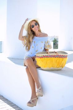 Beach bag, hat, rayban and summer dress