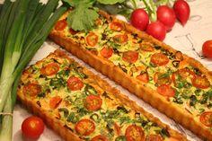 Ranteita myöjen taikinasa: Savulohipiirakka (ohje myös gluteenittomana) Vegetable Pizza, Food And Drink, Vegetables, Sunday, Domingo, Vegetable Recipes, Veggies