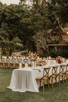 Refined and elegant destination wedding outdoor ceremony in Thailand. Discover ideas for decoration, arch for outdoor ceremony and wedding theme - IG @TheWeddingBlissThailand #weddingceremony #outdoorwedding #weddingceremonydecoration #weddinginspiration #weddingdecoration #wedding #weddingplanner #weddingplannerthailand #weddingplannerphuket #weddingphuket #destinationwedding #weddingidea #weddingdecoration #rusticweddingdecor #weddingcenterpieces #weddingtablescape #weddingreception Rustic Wedding Reception, Wedding Set Up, Wedding Ceremony Decorations, Wedding Table Settings, Wedding Centerpieces, Wedding Venues, Dream Wedding, Ivory Wedding, Wedding Decor