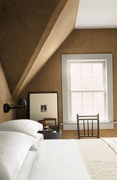 Ralph Lauren Paint's Suede finish in Sandy Bank reflects and absorbs light, transforming your home with luxurious texture.