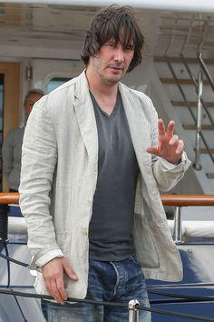 Keanu Reeves en Cannes, luciendo un poco descuidado... ¿Qué dicen ustedes?