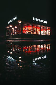 SWOT Analysis of fast food brand Burger King Planets Wallpaper, Wallpaper App, Screen Wallpaper, Wallpaper Backgrounds, Kings Menu, Popeyes Louisiana Kitchen, Specialty Sandwiches, Amoled Wallpapers, Vegan Menu