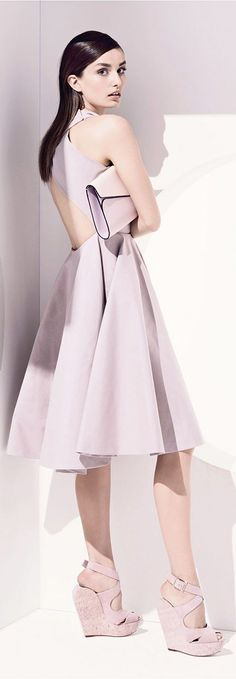 """The Christian Dior Resort 2013 collection brings back the iconic """"new look"""" from the couture house with full skirts and peplum waists. Fashion Week, Runway Fashion, Fashion Beauty, Fashion Show, Fashion Design, Women's Fashion, Christian Dior, Strapless Dress, Prom Dresses"""