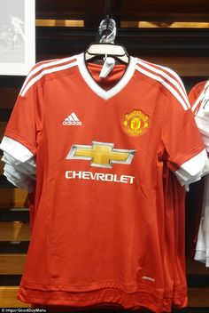 77915c128 Man United kit accidentally put on sale in US one week before release