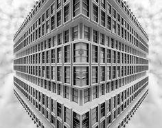#reflection #mirror #architecture #urban #building #symmetry creation © Jonathan Stutz