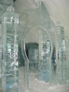Ice Hotel, Canada