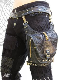 Hey, I found this really awesome Etsy listing at https://www.etsy.com/listing/200029279/cobra-spine-thigh-holster