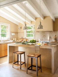 Kitchen and bar on island. Microcement and beams 00437007 Home Design, Design Ideas, Casa Loft, Concrete Kitchen, Rustic Room, Kitchen Models, Home Living, Dream Decor, Home Kitchens