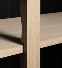 L'étagère-en-bois by Lucien Gumy  (interlocking wooden shelving)