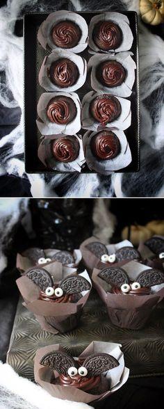 halloween rezepte cupcakes flederm use mit schokolade und oreo keksen Muffins Halloween, Halloween Cupcakes, Halloween Snacks, Halloween Ideas, Biscuit Oreo, Oreo Biscuits, Muffin Recipes, Keto Recipes, Cake Recipes