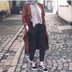 Herbst Hijab Fashion Looks Just Trendy Girls Street Hijab Fashion, Modern Hijab Fashion, Muslim Fashion, Modest Fashion, Fashion Outfits, Fashion Fashion, Trendy Fashion, Fashion Muslimah, Fashion Quotes