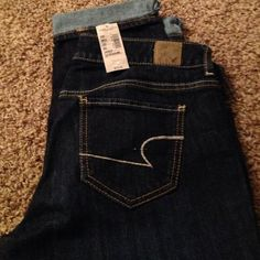 American eagle capris Brand new with tags american eagle capris size 10 reg skinny American Eagle Outfitters Jeans