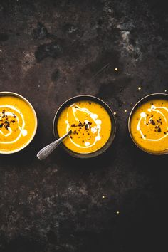 soupe-potimarron-lait-de-cooco-epicee-ophelie-lauret-ophelies-kitchen-book-21 Actifry, Honey, Food And Drink, Milk, Table, Easy Cooking, Soup Bar, Pageants, Tables