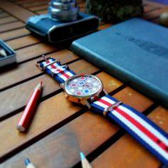 Pencil watch ⚪🔵🔴 #orologio #watch #pencilwatch #coloredpencil