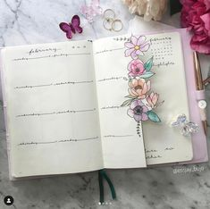 Dutch Door Ideas For Your Bullet Journal .Dutch Door Ideas For Your Bullet Journal Bullet Journal Weekly Spread, Bullet Journal Spreads, Bullet Journal 2020, Bullet Journal Notebook, Bullet Journal Aesthetic, Bullet Journal Ideas Pages, Bullet Journal Layout, Bullet Journal Inspiration, Planner Journal
