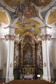 High Altar of the Klosterkirche Sankt Anna im Lehel (Monastery Church of Sant Anne in Lehel), Munich, Bavaria, Germany. This church was built by  Johann Michael Fischer between 1727 and 1733, and was the first to be built in the rococo style in the region. Catholic Altar, Life Moves Pretty Fast, Bob The Builder, Late Middle Ages, Baroque Architecture, Old Churches, Rococo Style, Stairway To Heaven, Stairways