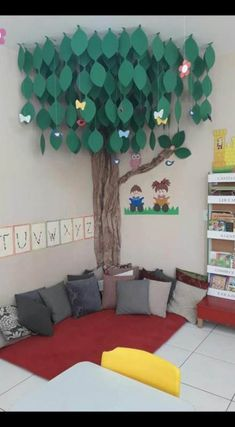 25 ideas for house tree kids reading nooks Classroom Reading Area, Reading Nook Kids, Classroom Decor, Reading Areas, Preschool Room Decor, Children Reading, Decoration Creche, Diy For Kids, Crafts For Kids