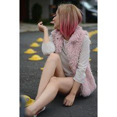 """ Bonita noche a todos. ⭐ #nikon #nikontop #pinkhair #pink #pinkhairdontcare #vsco #vscocam #likes #smile #girls #bloggersmx…"""