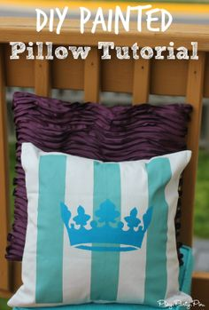 Step by step tutorial for a DIY painted pillow using #tulipforyourhome stencils from playpartypin.com #sponsored #ilovetocreate #paints #stencils