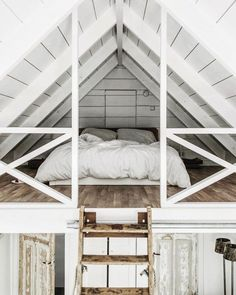 """theglossiernerd: """"""""photo credit Tifforelie """" """" I've always liked the idea of a bedroom loft. Maybe it's because a loft can feel more secluded than a normal room. Regardless, this loft bedroom is. Attic Loft, Loft Room, Bedroom Loft, Cozy Bedroom, Bedroom Decor, Bedroom Ideas, Attic Office, Attic Stairs, Mezzanine Bedroom"""