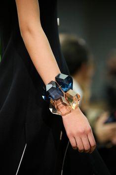 Celine Fall 2014 Ready-to-Wear Fashion Show Jewelry Box, Jewelry Accessories, Fashion Accessories, Fashion Jewelry, Jewelry Design, Jewellery, Plastic Jewelry, Jewelry Ideas, Bangle Bracelets