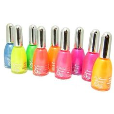 I'm not a big fan of neon, but this is perfect beach nail polish! They look like topsy turvy popsicles!!!