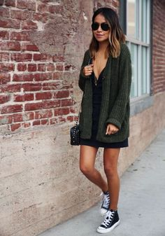 (casual sporty look) Sincerely Jules - Green Oversized Cardigan Mode Converse, Estilo Converse, Black Converse Outfits, Converse High, Mode Outfits, Fall Outfits, Casual Outfits, Fashion Outfits, Casual Jeans
