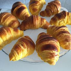 Clean Recipes, Cooking Recipes, Croissant Recipe, Breakfast Photography, Portuguese Recipes, Happy Foods, Pasta, Coffee Recipes, Baby Shower Cakes