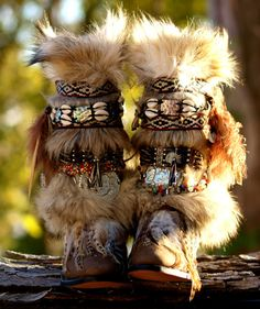 completo la altura de cualquier estilo y tamaño por TheLookFactory Gypsy Boots, Boho Boots, Cowgirl Boots, Bohemian Shoes, Furry Boots, Boot Bling, Moccasin Boots, Hippie Outfits, Designer Boots