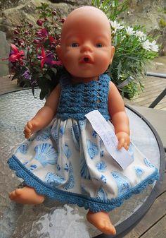 Jada, de kommer fortsatt «i stim Girls Dresses, Flower Girl Dresses, Baby Born, Jada, Dolls, Patterns, Fashion, Crochet Dolls, Knits