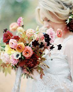 Toller Hochzeitsstrauß in Herbstfarben. #tollwasblumenmachen