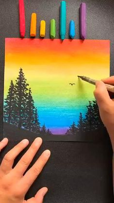 Canvas Painting Tutorials, Diy Canvas Art, Diy Painting, Crayon Painting, Crayon Art Tutorials, Crayon Canvas Art, Crayon Ideas, Crayon Crafts, Simple Canvas Paintings