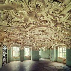 Musetouch Visual Arts Magazine Abandoned Castle, Germany
