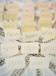 tea/pigment dyed placecards!  so pretty!  step by step can be found here --http://www.oncewed.com/43332/wedding-blog/diy-wedding/ombre-dyed-place-cards-diy/