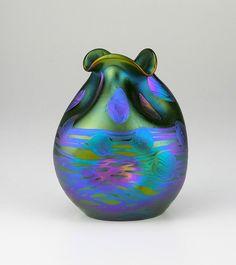 Loetz Phänomen Genre 1/696 ca 1902-4 Art Of Glass, Blown Glass Art, Glass Vase, Cut Glass, Art Nouveau, Art Design, Glass Design, Glass Ceramic, Ceramic Art